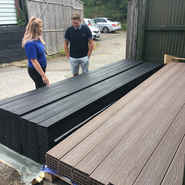 top of pallets this one.jpg