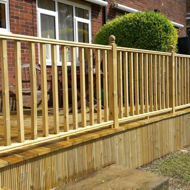 Peters Decking Services .jpeg