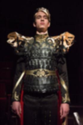 Fuente Ovejuna costume design