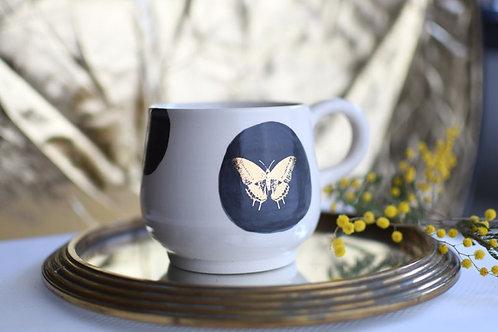 Tasse papillon or
