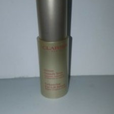 CLARINS ENHANCING EYE LIFT SERUM BY CLARINS FOR WOMEN; 0.5 OZ SERUM; NO BOX