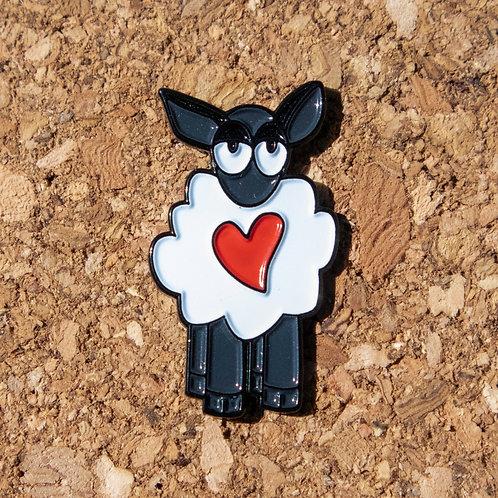 Love Ewe - enamel pin