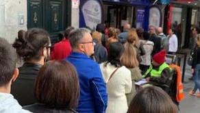 Doña Manolita ahora permite que sus clientes aprovechen el tiempo de espera sin hacer fila