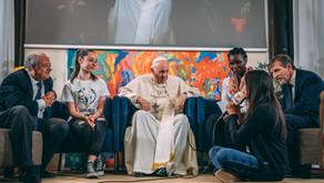 El Papa Francisco inauguró en simultáneo tres nuevas sedes de Scholas en África y América