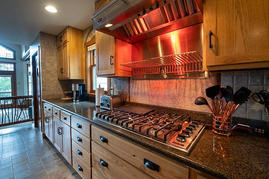 14 Kitchen Cooktop.jpg