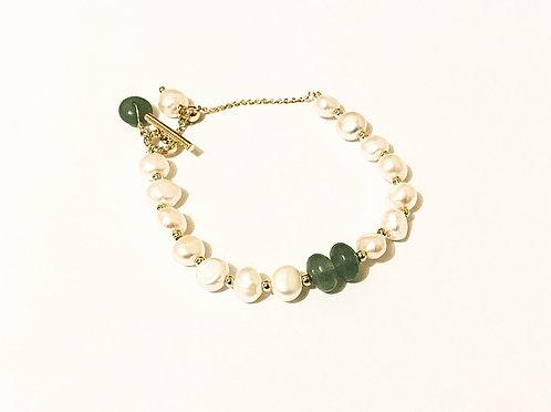 Minimalist Freshwater Pearl Green Accent Bracelet