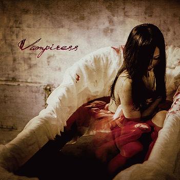 Vampiressジャケ写(通常盤).jpg