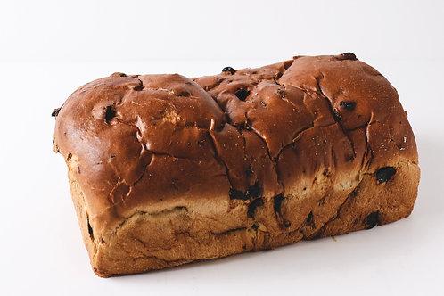 Rozijnenbrood lang groot