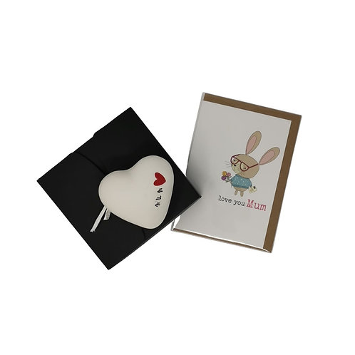 Love You Mum ceramic heart and card