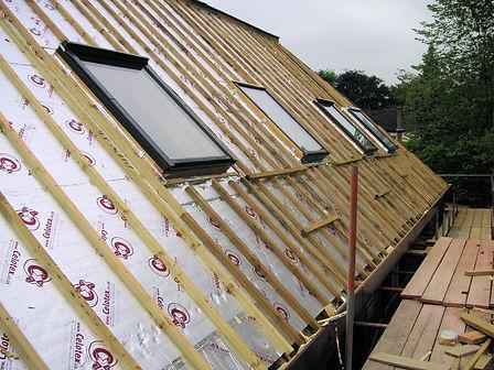 Carpenters in Kent fitting velux windows