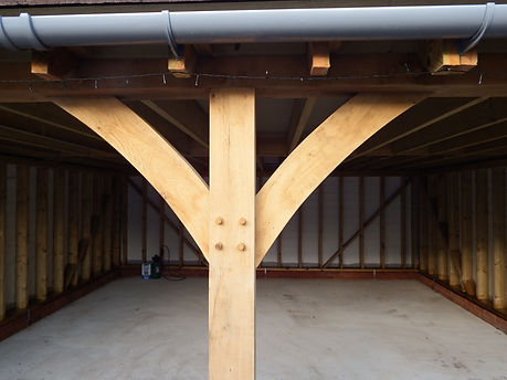 Oak framed garages  by local carpenters in Faversham