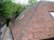 Carpenters and builders in Kent new tiled roof. Roofing carpenters