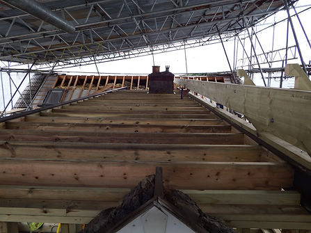 Carpenters in Kent new roof on an extension fitting the collars