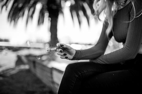 Photoset: Cigarette Break