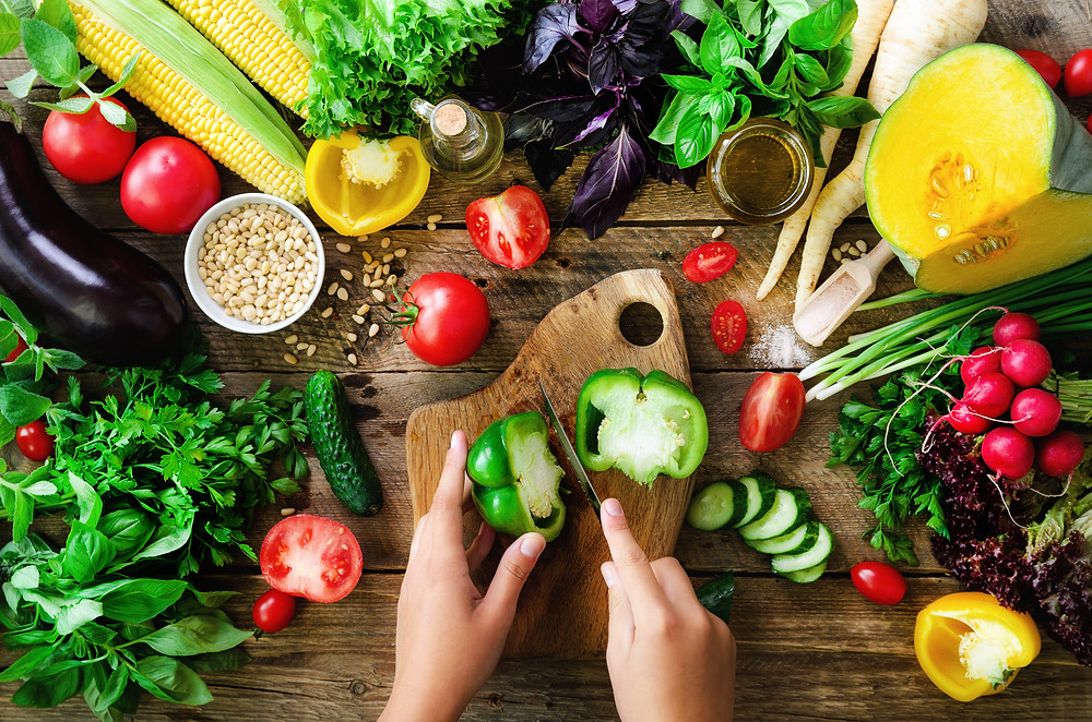 Fresh fruits and vegetables for insulin management.