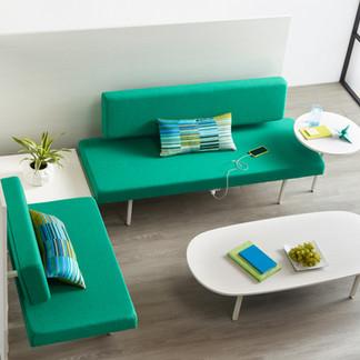 Izzy+ Sylvi Lounge