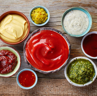 TABLE CONDIMENTS