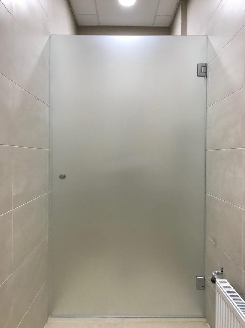 Veramas dušas durvis