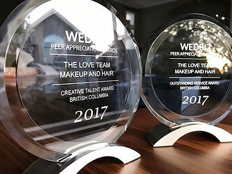 The awards from Wedbiz, Webiz award, Wedbiz, The love team