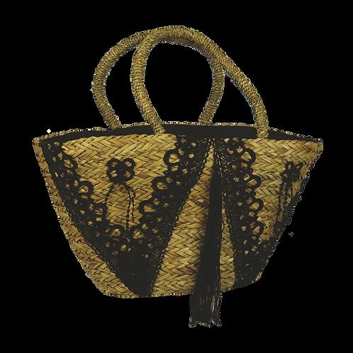 B815 | Hand Made Straw Bag With Applique