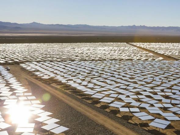 size_590_A_Ivanpah_Solar_Electric_Generating_System_maior_usina_de_energia_solar_do_mundo (4)