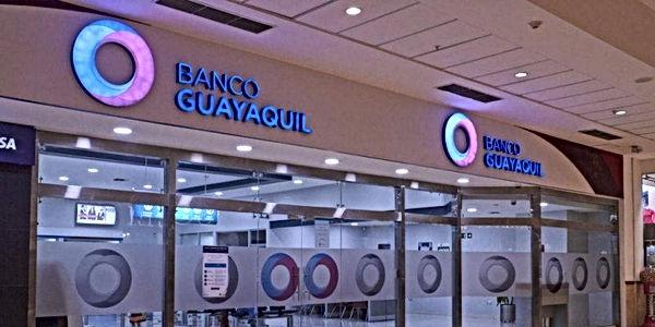 bancoguayaquilscalashoping1024x683-ecdef