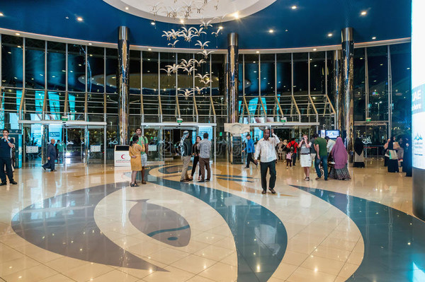 Шоппинг в Абу-Даби.jpg
