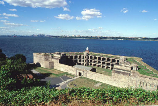Форт Уодсворт Статен-Айленд.jpg