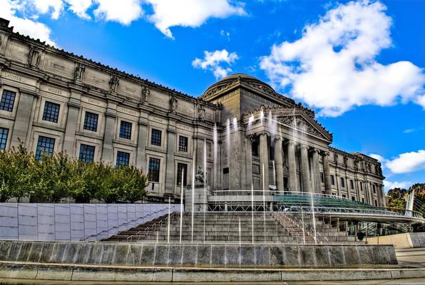 Бруклинский художественный музей в Брукл