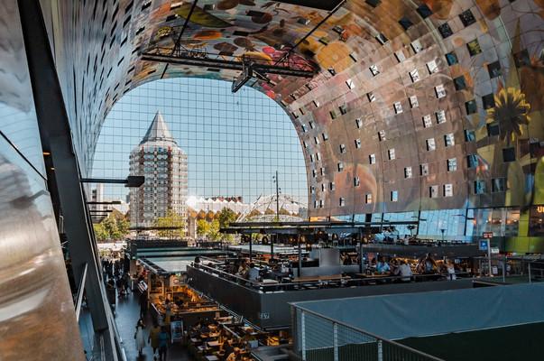 Foodhallen Роттердам.jpg
