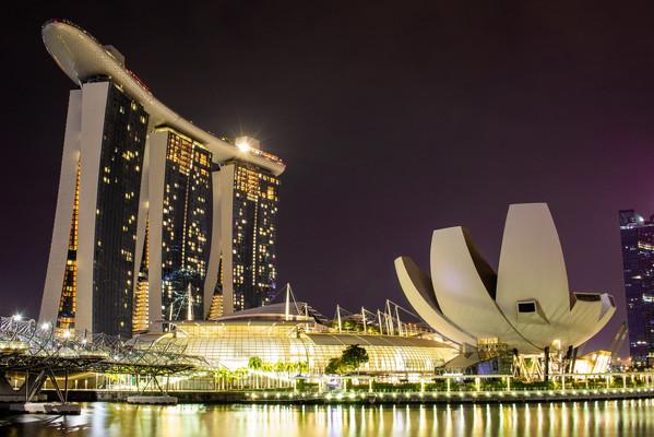 Отель Марина Бей Сандс Сингапур.jpg