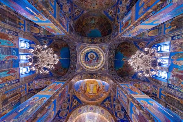 Спас на крови внутреннее убранство Санкт