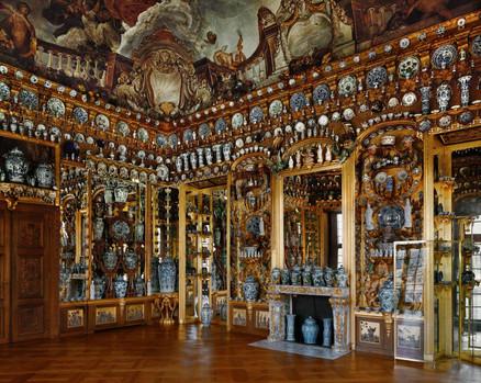 Дворец Шарлоттенбург фарборовый кабинет.