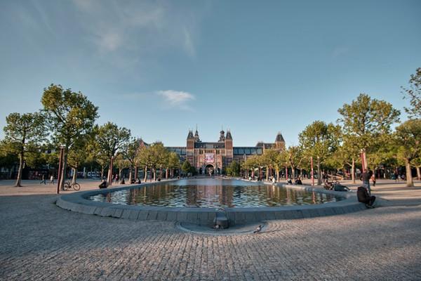 Рейксмузей Амстердам Нидерланды.jpg
