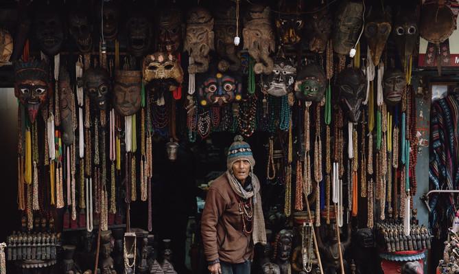 Сувениры маски Катманду.jpg