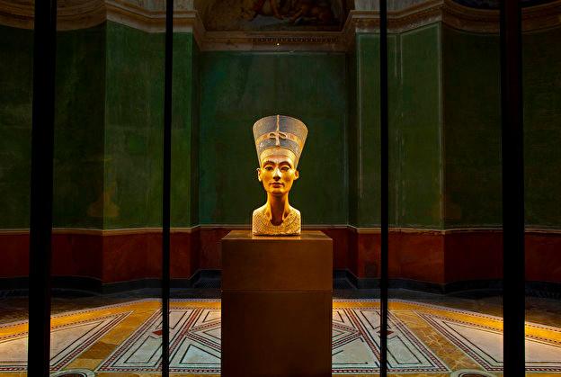 Новый Музей Нефертити.jpg