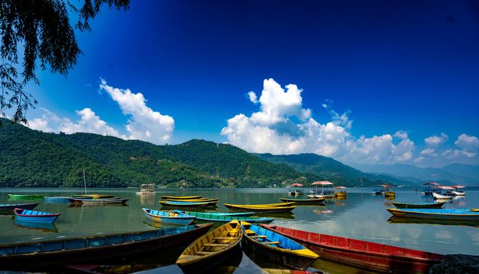 Покхара озеро Фева.jpg