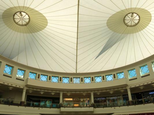 Dubai Mall Шоппинг в Дубае.jpg