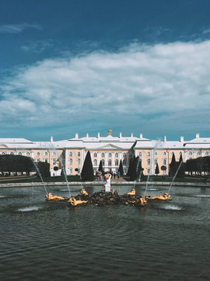 Петергоф Санкт-Петербург.jpg