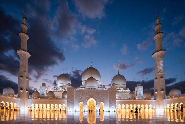 Светящаяся мечеть Мечеть шейха Зайда в А