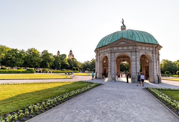 Парки в Мюнхене.jpg