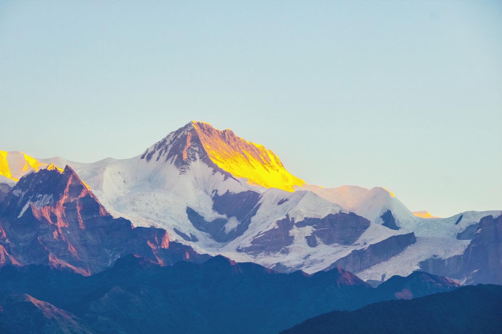 Гора Аннапурн Покхара .jpg