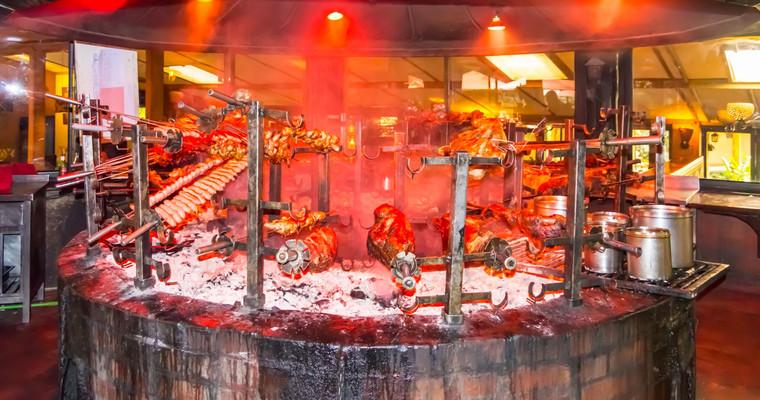 ресторан Карнивор Найроби.jpg