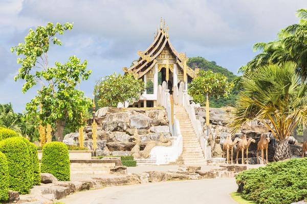 Тропический сад Нонг Нуч в Паттайя.jpg