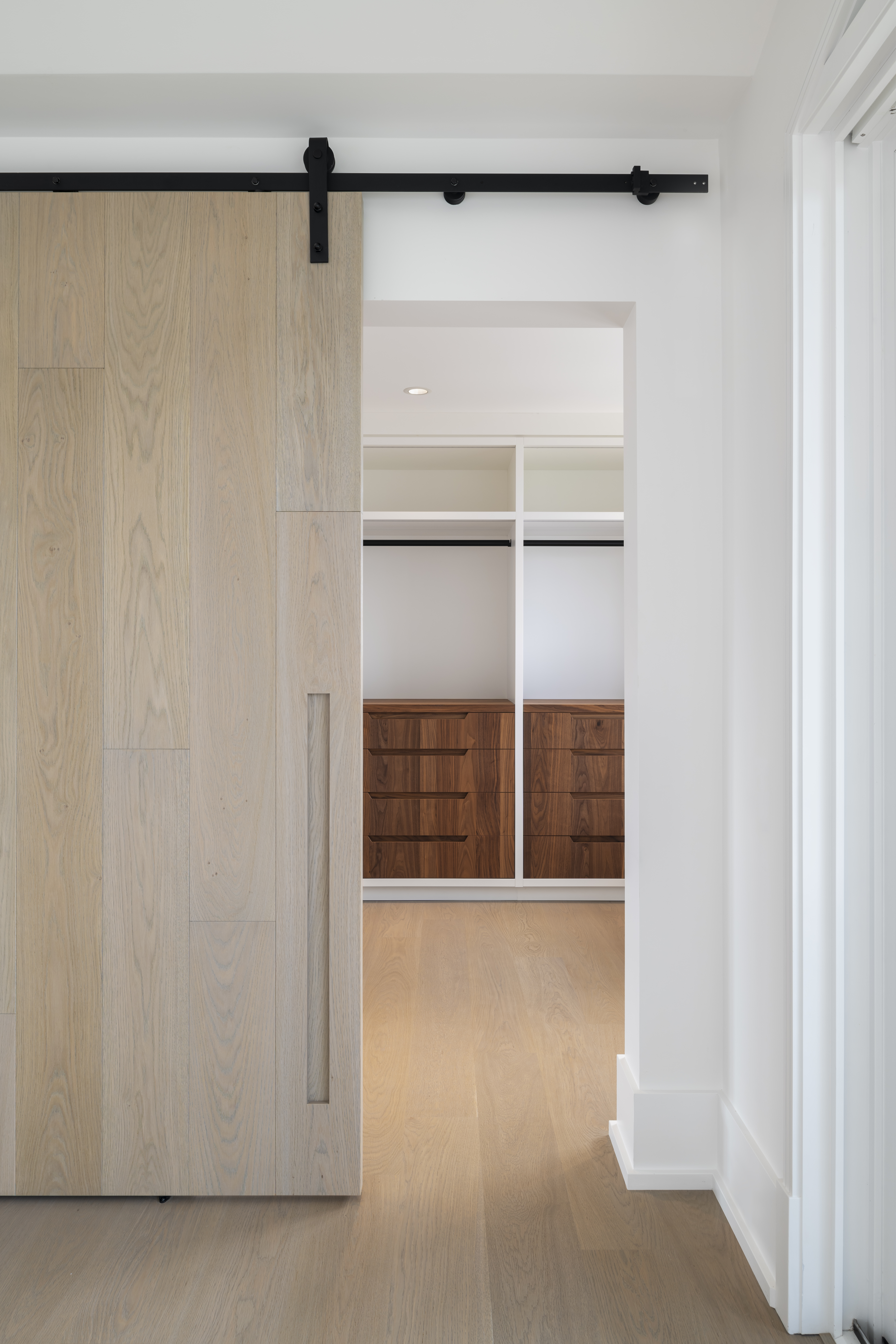 Walk-in with barn door