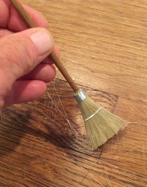 broom_hand.jpg