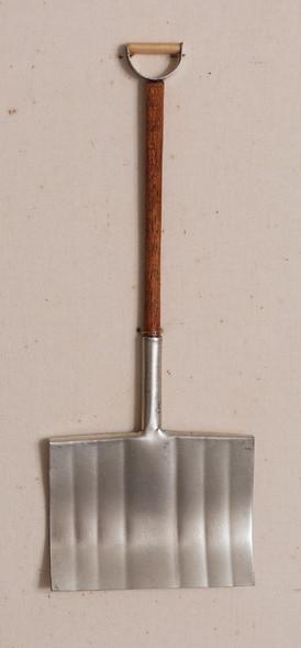 c_shovel.jpg