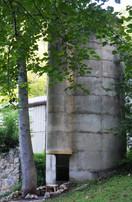 06_silo_outside.JPG