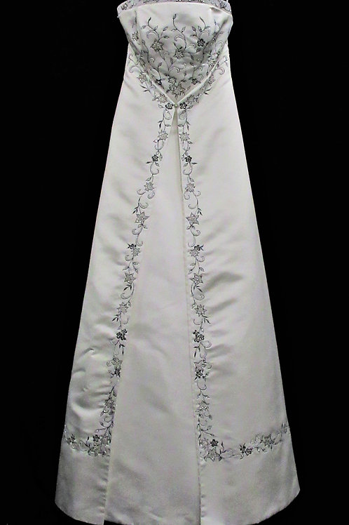 Unique gown with train (#991-1)