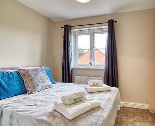 bedroom neww.jpg